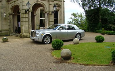 Wedding Venues on Contact Us For Wedding Car Hire   Rolls Royce Phantom Cars  Limousines